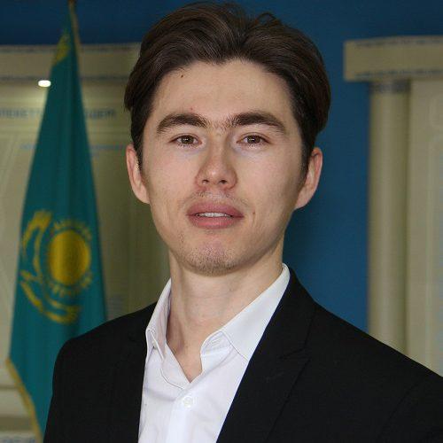 Кадирбеков Кеменгер Манасбекович